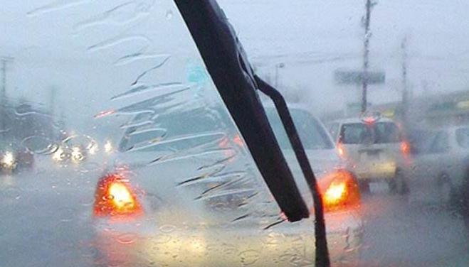 科目三路考碰到下雨天,应该注意哪些事项?